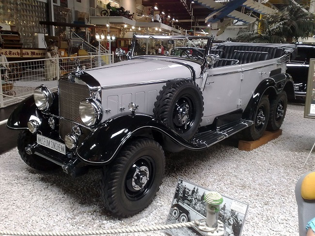 1280px-mercedes_benz_g4_1938