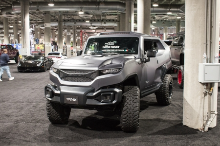 The Rezvani Tank looks like Toyota built an FJ cruiser for 2050. Except this is actually a Jeep.