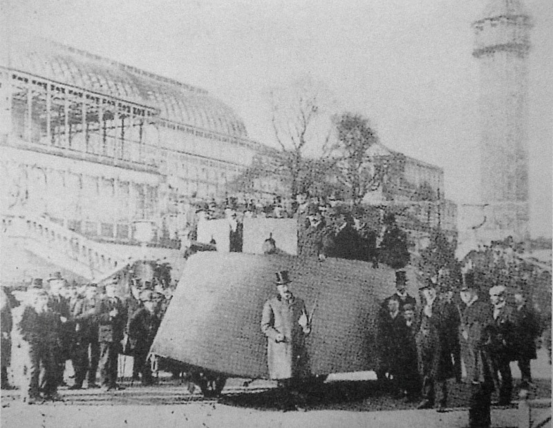Simms_War_Car_at_the_Crystal_Palace_London_April_1902